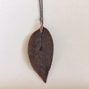 🛍 Dark Bronze Boho Leaf Necklace